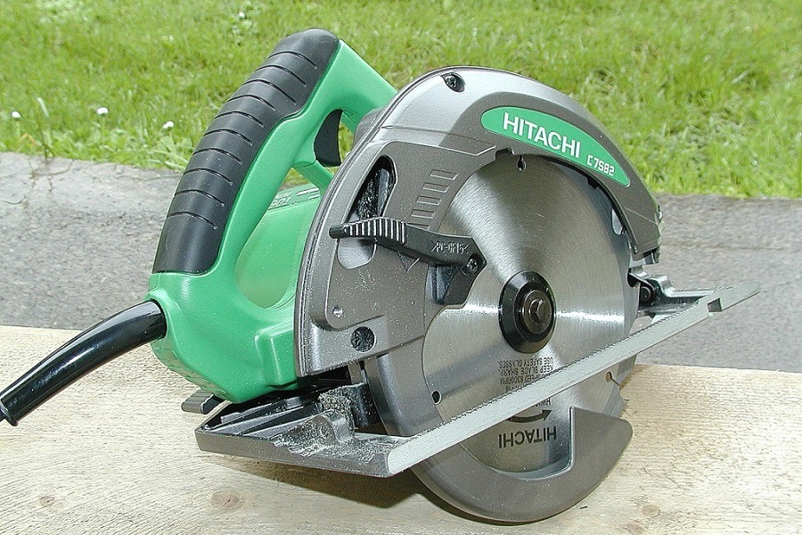 Hitachi C7SB2 Circular Saw Review