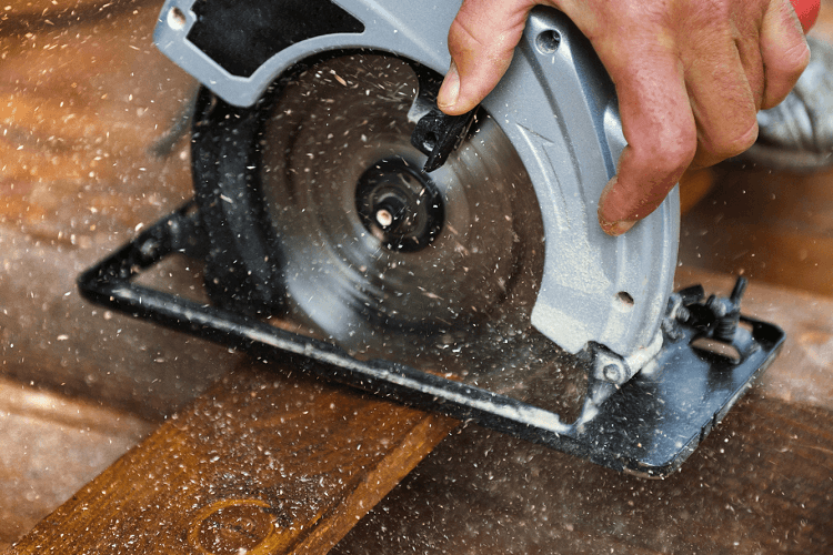 choosing the right circular saw