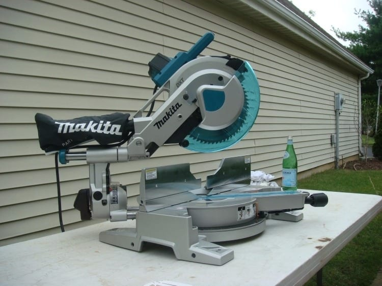 Makita Miter Compound Saw