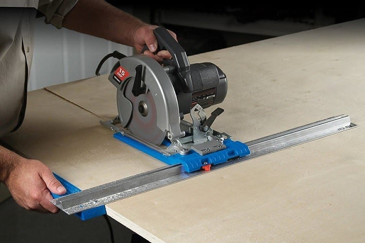 How To Build A Saw Guide For Making Accurate Cuts Safely